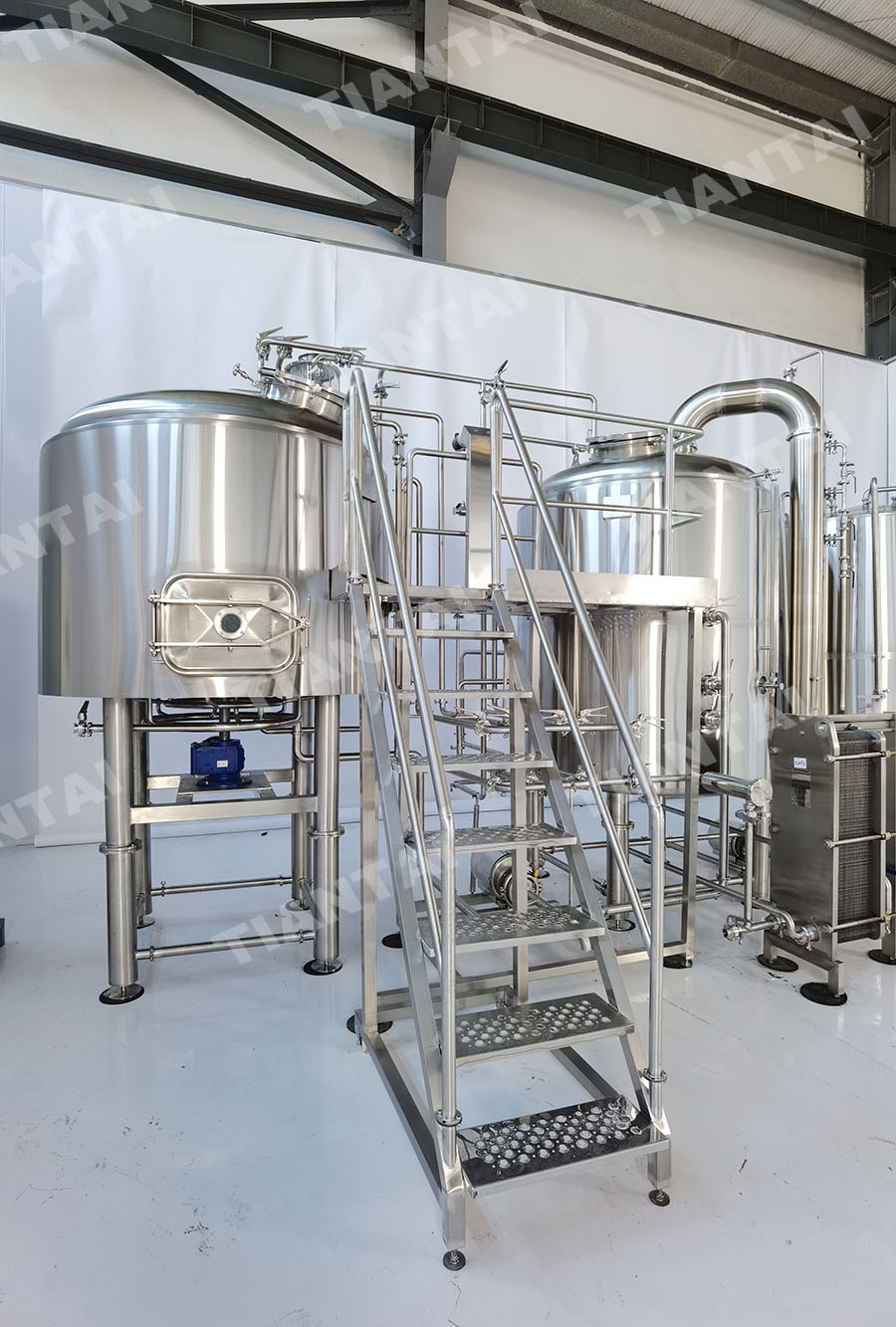 2000L Two vessel brewhouse system shipped to Australia
