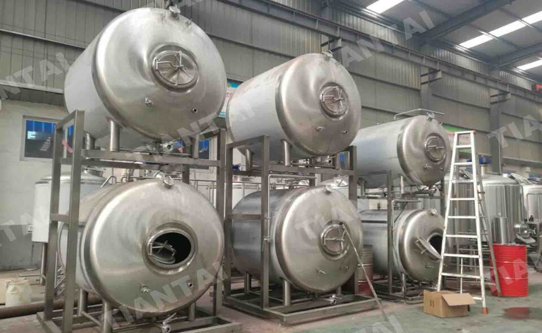 10HL/20HL Stacked Horizontal Bright Beer Tank