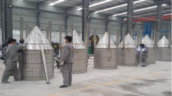 The craft brewery equipment production in Tiantai factory