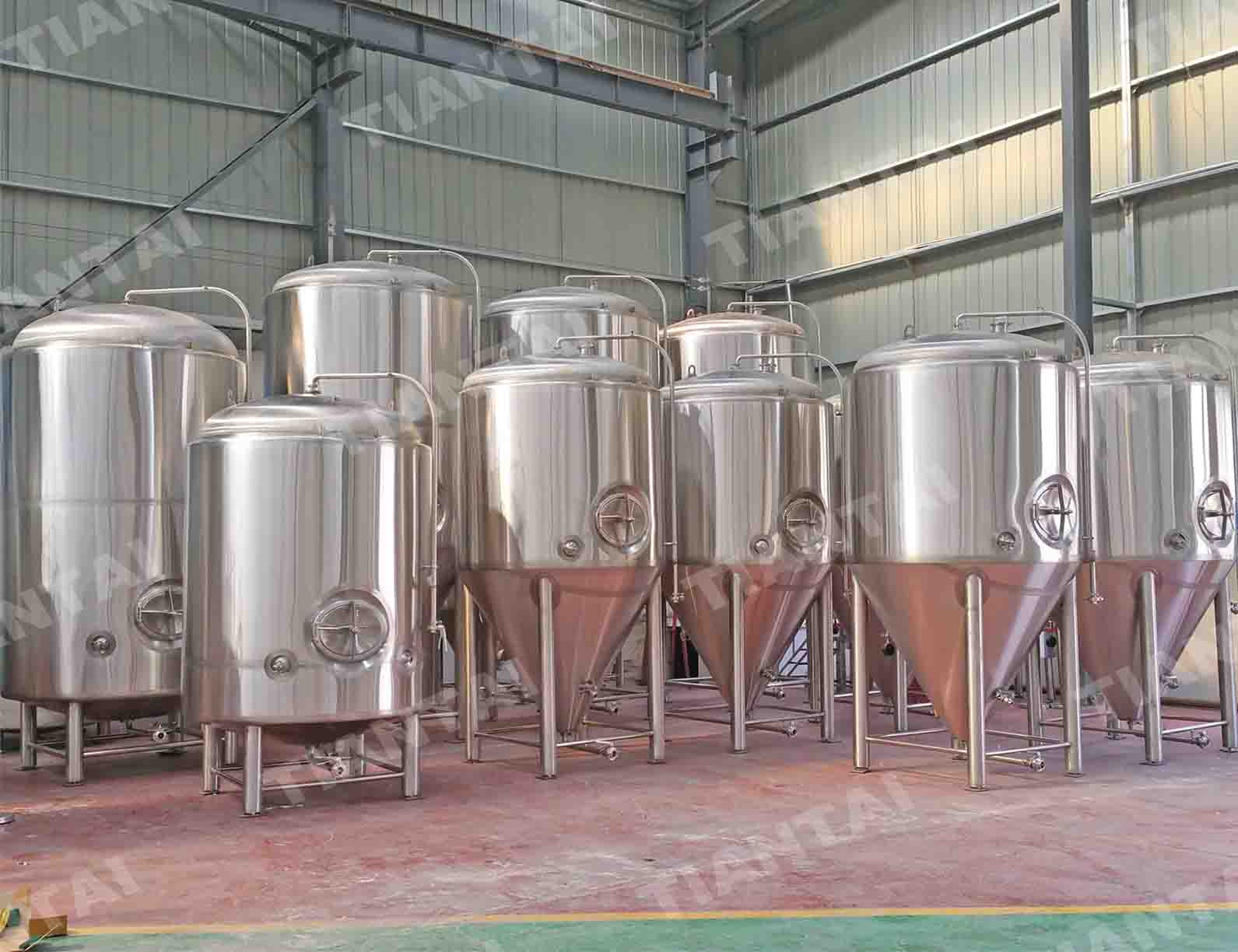 25BBL Vertical Bright Beer Tank