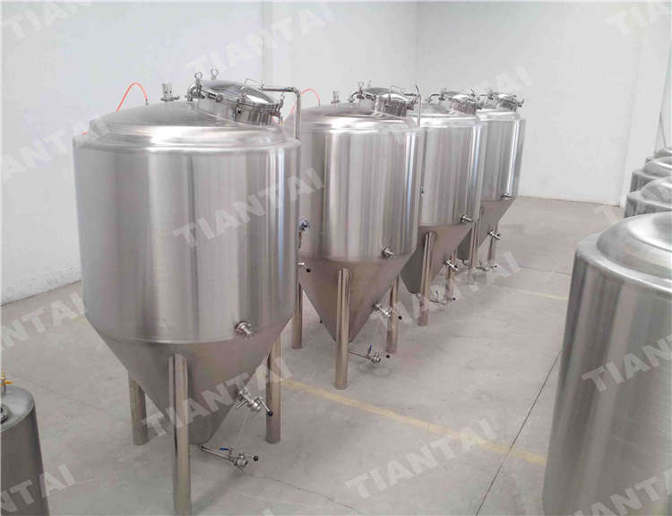 <b>800L Stainless steel fermenter</b>