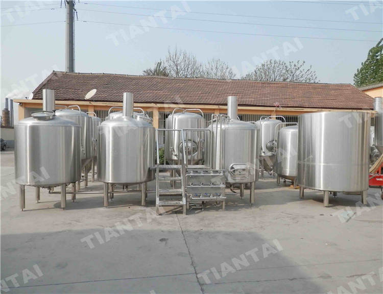 <b>8 bbl Brewpub beer brewing system</b>