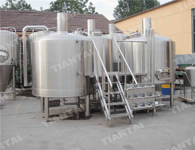 <b>25 bbl stainless steel brewhouse system</b>