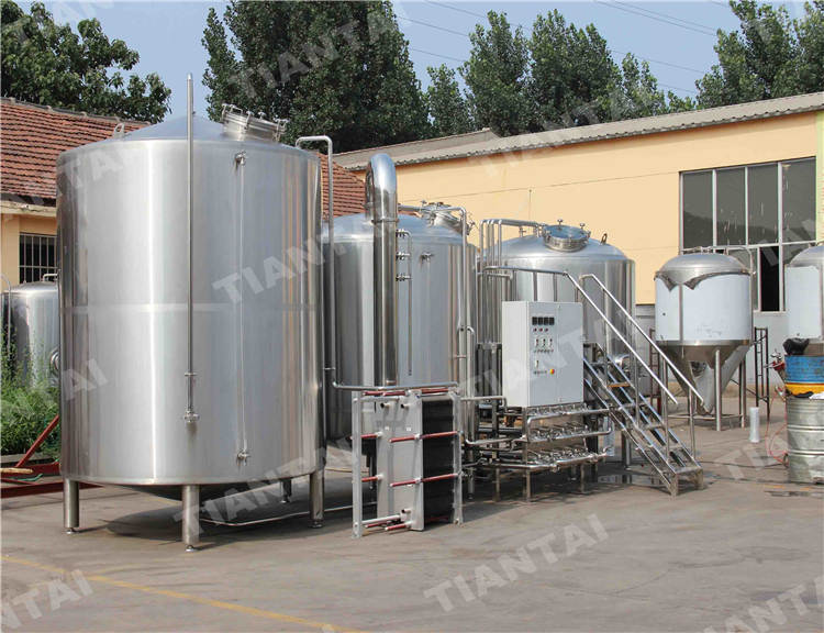 <b>20 bbl Copper mashing equipment</b>